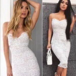 Dresses & Skirts - New White Lace Dress